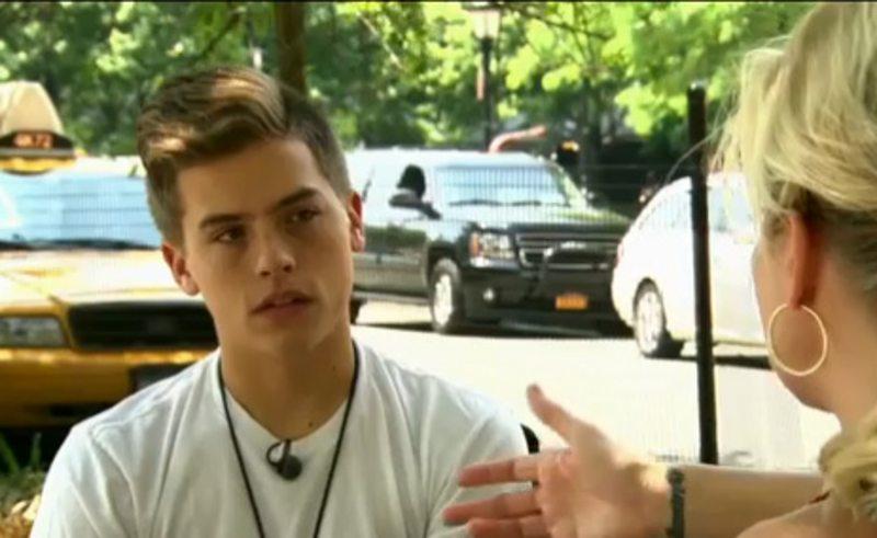 """Actor de """"Zack y Cody"""" se arrepiente de foto sin ropa"""
